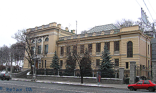 parlament_biblioteka_front