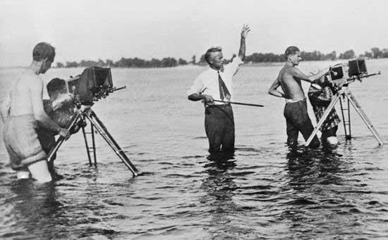 dovzhenko_filming_1932